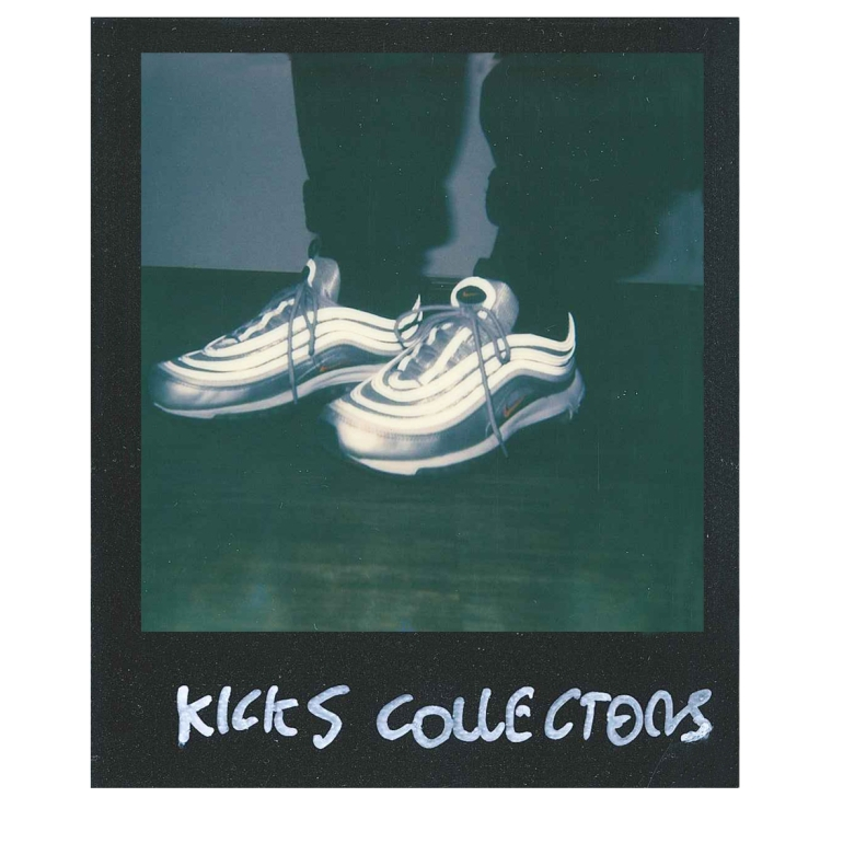 1-kicks-collectors-2-nike-silver-1.jpeg